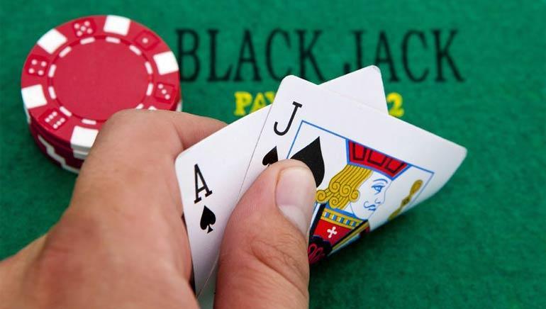 วิธีเล่นแบล็คแจ็ค blackjack